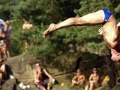 High Jump 2013 v zatopeném lomu v H�im�dicích nabídl adrenalin, emoce i...