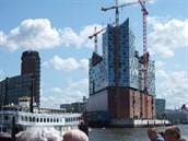 Hamburk v��í, �e se nový pozoruhodný kulturní stánek za�adí mezi p�ední...