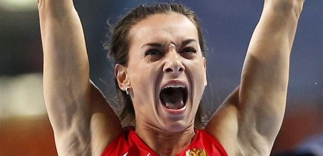 POT�ETÍ. Ruská ty�ka�ka Jelena Isinbajevová vyhrála v Moskv� t�etí sv�tové