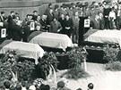 Sn�mek z poh�bu t�� ob�t� st�elby sov�tsk�ch voj�k� v Prost�jov�, kter� se uskute�nil 29. srpna 1968.