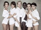 Alessandra Ambosio, Helena Christensenov�, Karol�na Kurkov�, Alek Wekov�, Miranda Kerrov� a Isabeli Fontana se objev� v speci�ln�m vyd�n� kalend��e Pirelli pro rok 2014.