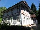 Bývalý mlýn přebudoval Jurkovič v roce 1909 na Vodoléčebný ústav.