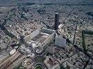 Odp�rci v�kov�ch staveb svou posledn� bitvu p�ed 40 lety prohr�li. Mrakodrap  Montparnasse vysok� 210 metr� v Pa��i stoj� a je z n�j n�dhern� v�hled, av�ak 40. v�ro�� si moc neu��v�.