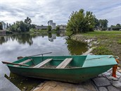 Kanál Dunaj - Odra - Labe. Nedaleko jezu v P�erov� by m�l stát p�ístav. P�erov...