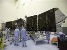 Sonda Maven (Mars Atmosphere and Volatile EvolutioN) je prakticky připravena, ale na to, aby se dostala do kosmu, nezbývá moc času.