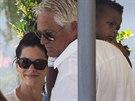 Sandra Bullocková a její syn Louis Bardo (27. srpna 2013)