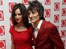 Ronnie Wood a jeho manželka Sally (21. října 2013)