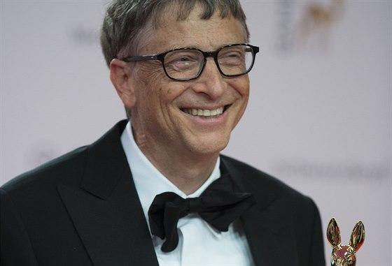 1. Bill Gates (USA). V�e majetku: 85 miliard USD. Zdroj bohatstv�: Microsoft Corporation