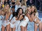 Modelky na p�ehl�dce Victoria's Secret  (13. listopadu 2013)