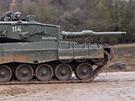 Nep��telsk� tank Leopard norsk� arm�dy b�hem cvi�en� Sabre Junction II v n�meck�m Hohenfelsu