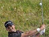 Australský golfista Jason Day sm��uje k vít�zství na Sv�tovém poháru v...