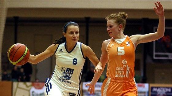 Blanka Sedláčková (vlevo)