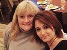 Paris Jacksonová dala na internet fotku z Vánoc se svou matkou Debbie Roweovou.