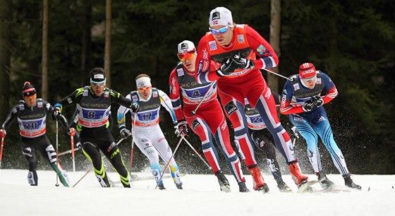 Momentka ze sprintu dvojic v Novém Městě na Moravě.