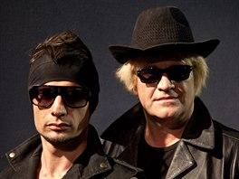 Australský kytarista Glenn Proudfoot a Michael Kocáb natočili desku Aftershocks.