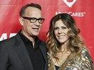 Tom Hanks a jeho manželka Rita Wilsonová (24. ledna 2014)