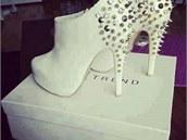 Mám ráda boty..je na tom něco blbě?