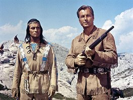 Pierre Brice a Lex Barker ve filmu Vinnetou -Rudý gentleman (1964)