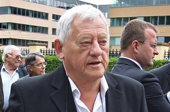 Bývalý československý hokejový reprezentant Jozef Golonka