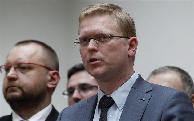 Předseda lidovců Pavel Bělobrádek a místopředseda Sněmovny Jiří Bartošek na...