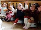 Nočník - Dětský domov pro děti do tří let v Karlových Varech - Bublifuk na nočníku