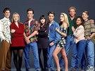 Brian Austin Green, Jennie Garthová, Luke Perry, Shannen Doherty, Jason Priestley, Tori Spellingová, Ian Ziering, Gabrielle Carterisová a Douglas Emerson v seriálu Beverly Hills 90210 (1990)