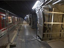 Rekonstrukce stanice pražského metra Národní třída