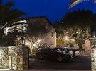 Babišova restaurace Paloma s výhledem na Cannes.