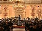 Sou��st� oslavy roku od Zemanovy inaugurace byl i koncert Hudby Hradn� str�e (14. b�ezna 2014).