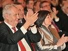 Prezident Milo� Zeman a prvn� d�ma Ivana Zemanov� p�i koncertu Hudby Hradn� str�e ve �pan�lsk�m s�le (14. b�ezna 2014).