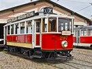 Muzeum MHD v pražských Střešovicích nabízí více než čtyři desítky historických vozidel a další exponáty.