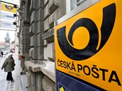 Policisté zasahovali v budov� �eské po�ty v ulici Politických v�z�� v centru...