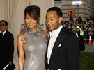 John Legend a Christine Teigenov� (New York, 5. kv�tna 2014)
