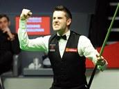 Mark Selby se raduje z titulu mistra sv�ta ve snookeru.