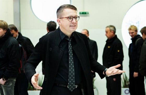 Roman Šmucler v roli moderátora soutěže Nejchytřejší Čech