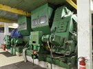 P�evodovky a pohony dvojice p�vodních sov�tských hlubinných eskalátor�....