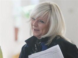 Advok�tka Jana Rej�kov�, obh�jkyn� Petra Kramn�ho (26. kv�tna 2014)