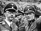 Z jihlavské návštěvy Himmlera (vlevo) zatím fotka objevena není. Na Vysočině ale zcela jistě byl.