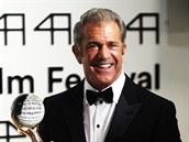 Mel Gibson s Křišťálovým glóbem za umělecký přínos světové kinematografii (4. července 2014)