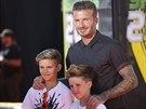 David Beckham a jeho synov� Romeo a Cruz (Los Angeles, 17. �ervence 2014)