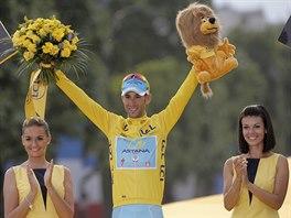 ŠAMPION. Celkovým vítězem Tour de France 2014 se stal Vincenzo Nibali.