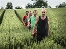 Wohnouti, Honza Homola v zelen�m tri�ku za sv�m bratrem Mat�jem