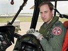 Princ William strávil poslední tři roky své sedmileté armádní služby jako pilot průzkumného a záchranného vrtulníku (1. června 2012).