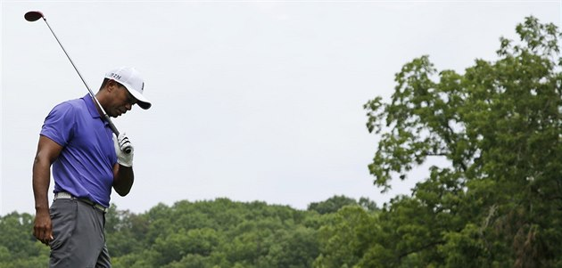 Tiger Woods b�hem PGA Championship na h�i�ti ve Valhalle.