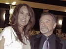 Robin Williams s man�elkou Susan Schneiderovou na p�ed�v�n� cen Comedy Awards (2012)
