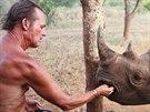 Tony Fitzjohn vede v národním parku Mkomazi v Tanzanii nosorožčí stanici.