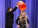 Ledovou výzvu podstoupila i skandalistka Lindsay Lohanová.