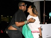 Earvin Johnson zn�m� jako E.J. a LisaRaye McCoy (Los Angeles, 23. �ervna 2014)