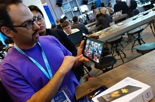 Intel Dell Venue 8 b�í na procesoru Intel Atom s kódovým ozna�ením Moorefield....