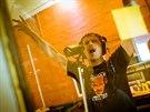 Skupina Chinaski nahr�vala novou desku ve slavn�ch studi�ch Rockfield ve Walesu.